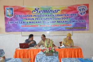Prof. DR. Djoko Sariyono,Drs. Samsul Arifin, M.Pd. dan Bu Risna Widyawati, S.Pd.